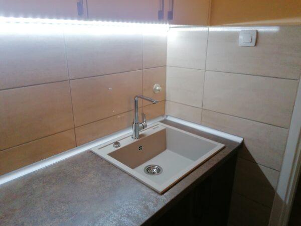 Granitna sudopera Gorenje KM 15 bež