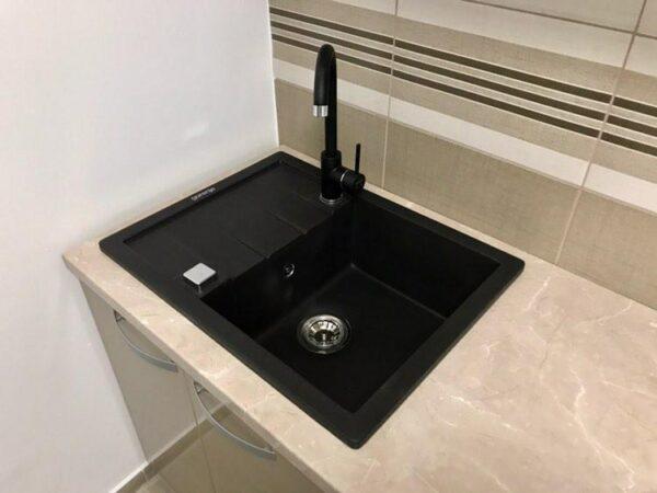 Komplet granitna sudopera Gorenje KM 45 karbon i 6118 B crna Minotti slavina za sudoperu