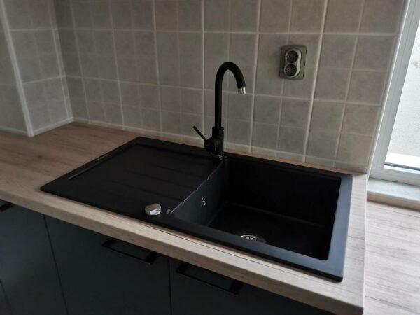 Komplet sudopera i slavina + sifon granitna sudopera Gorenje KM 21 karbon i Minotti 6118 B crna slavina